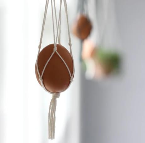 Hanging Egg